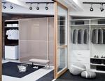 Drzwi przesuwne i systemy zabudowy wnetrz showroom marki Raumplus-09MCM